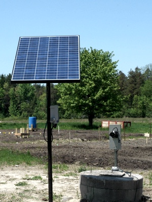 Simple Pump: solar: on large garden